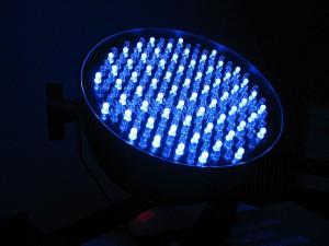 800px-LED_washlight_-_DMX_512_(1123417564)